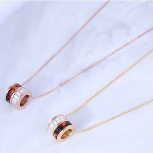 Michael Kors Resin Cylindrical Short Necklace